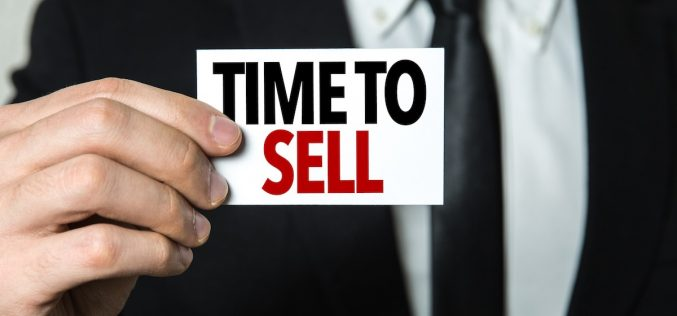 When It's Time to Sell Your Business (Reasons To Sell Your Business)