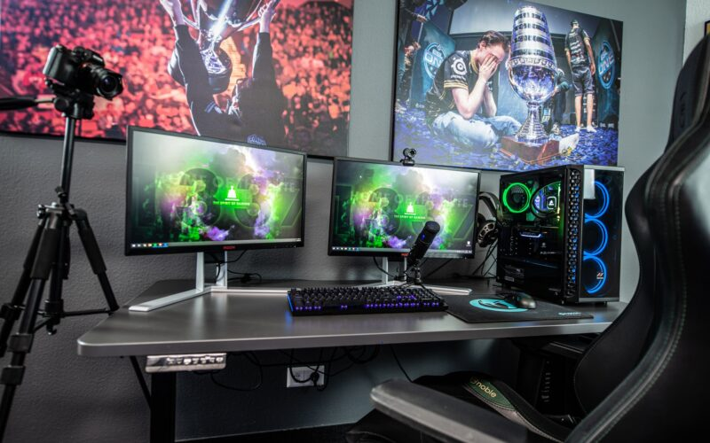 The effectiveness of a gaming corner desk you can't deny